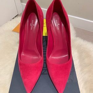 Louis Vuitton Hot Pink Suede Pumps EU37.5